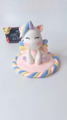 Cake Decorating Piping, Cake Decorating Videos, Cake Decorating Techniques, Fondant Flower Tutorial, Cake Topper Tutorial, Fondant Animals Tutorial, Fondant Figures Tutorial, Fondant Cake Designs, Fondant Cake Toppers