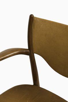 Finn Juhl dining chairs model BO-63 & BO-72 at Studio Schalling
