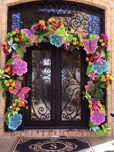 Another Spring creation by Something Fabulous in Midland, TX! Bright and cheerful! Porch Garland, Outdoor Garland, Easter Garland, Easter Wreaths, Spring Wreaths, Spring Tree, Spring Door, Easter Celebration, Easter Holidays