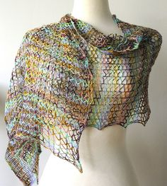 Free Sheer and Easy Shawl Pattern (says Craftsy...give me 10 min and I'll decide if it is easy!)