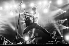 Frank Turner and The Sleeping Souls - UK tour announcementWithGuitars