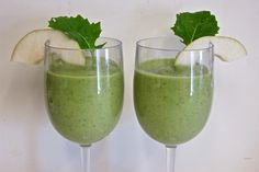 Pear Peach Kale Smoothie―you can make 'em because they taste good, not just because they're healthy. Get the recipe at http://sefilomeo.tumblr.com. For more garden goodness https://www.facebook.com/sefilomeo and Pinterest, Twitter, and HerLife Magazine of Central Valley. #homegrown #crapinthecupboard