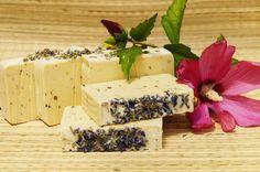 Természetesen habos szappan: Egyszerű kecsketejes levendula szappan Feta, Dairy, Cheese