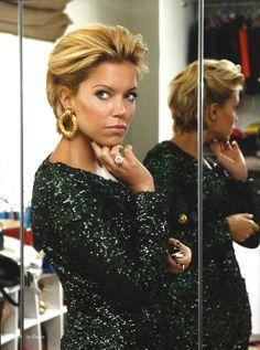 Sylvie van der vaart is een stijlicoon waar ook ik stiekem wel een beetje tegenop kijk, succesvol en zeker stijlvol. Dit artikel i...