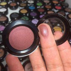 nyx hot singles eyeshadow in addiction