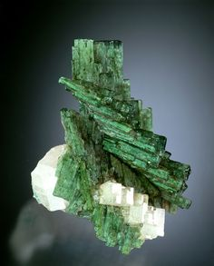 Beryl var. Emerald with Apatite - Columbia / Mineral Friends <3