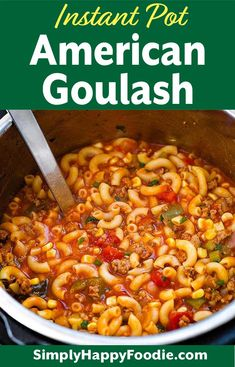 Instant Pot American Goulash is a classic one-pot meal many of us grew up with. Pasta, ground beef, and a tomato sauce are key ingredients in this pressure cooker American Goulash! simplyhappyfoodie… More from my siteBEST Instant Pot Goulash Recipe Instant Pot Pasta Recipe, Best Instant Pot Recipe, Instant Pot Dinner Recipes, Instant Pot Pressure Cooker, Pressure Cooker Recipes, Pasta In Pressure Cooker, Pressure Cooking, Pressure Cooker Goulash Recipe, Gulosh Recipe