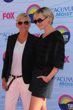Ellen Degeneres and Portia de Rossi walk red carpet at Teen Choice Awards