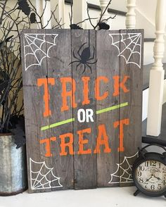 Halloween Trick or Treat Sign custom with your own stain and paint colors to personalize for your home decor. Would be adorable on a porch, too! 18x24