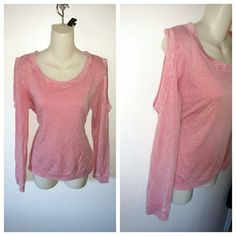 Painted threads medium cold shoulder m pink Lightly used and freshly washed, in good condition, the material is stretchy **Discount when bundled** painted threads Tops Tees - Long Sleeve