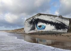 """ La mer qu'on voit danser le long des golfes clairs..."" ( Charles Trenet ) / Street art. / The Eye. / L'oeil. / By Cécé."