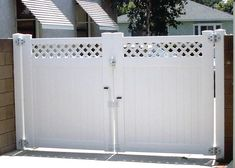 Driveway Gate with Lattice. Long Beach, CA