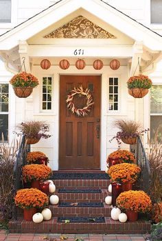Here are our Top 5 Fall Decorating Ideas!