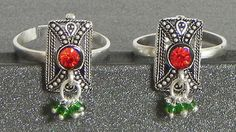 Red Stone Studded Metal Toe Ring (Stone and Metal))