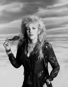 4,200 Fleetwood Mac Photos Photos and Premium High Res Pictures - Getty Images Stevie Nicks Lindsey Buckingham, Buckingham Nicks, Beautiful Voice, Most Beautiful Women, Stevie Nicks Costume, Members Of Fleetwood Mac, Stephanie Lynn, Rock Queen, Stevie Nicks Fleetwood Mac