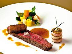 Gourmet Food Plating, Gourmet Recipes, Cooking Recipes, Healthy Recipes, Food Plating Techniques, Michelin Star Food, Food Decoration, Food Presentation, Food Design