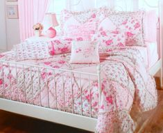 ANNIE LOVE RUFFLES & ROSES PINK COTTAGE FLOWERS PATCHWORK BEDDING