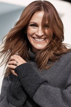 Julia Roberts - beautiful in looks & in nature. Luv her.
