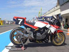 Yamaha Fz, Sportbikes, Racing Motorcycles, Courses, Grand Prix, Motorbikes, Old School, Vehicles, Classic