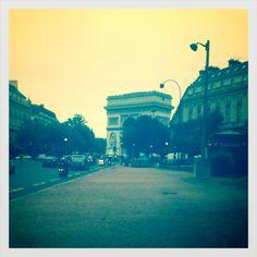 Avenue Foch / Arc De Triomphe / DT
