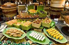 """Do Re Mi"" Ramadhan Buffet @ Intercontinental Kuala Lumpur Filipino Food Party, Filipino Wedding, Buffet Set Up, Buffet Ideas, Indonesian Desserts, Indonesian Cuisine, Filipiniana Wedding, Catering Food Displays, Wedding Countdown"