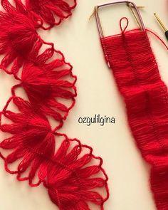 İşler güçler işte 😏😏 Firkete işi şal 😉 . . . . . . #örgümüseviyorum #hobi #elemeği #elemegigoznuru #crochet #crochetlove #knitting #knit #knittinglove #knittingyarn #shawl #instaknit #elişi #sevgiyleörüyorum #handmade #elörgüsü #elörgü#yarn #tığ #tığişi #severekoruyorum #severekörüyoruz #fular#şal#firketeişi