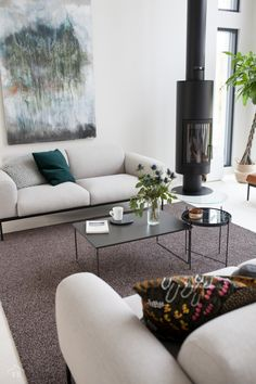 Woodnotes linen wool loop tufted Tundra carpet aggregates sofas and sofa tables together and makes space to space. Sofa Tables, Scandi Style, Wooden House, My House, Sofas, House Design, Couch, Living Room, Sofa