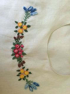 Hand embroidery designs for Neck design for dresses Embroidery On Kurtis, Kurti Embroidery Design, Embroidery Flowers Pattern, Embroidery On Clothes, Hand Work Embroidery, Flower Embroidery Designs, Embroidery Fashion, Beaded Embroidery, Embroidery Stitches