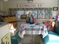 The Beehive Cottage: More pictures from my Sisters on the Fly Trip!