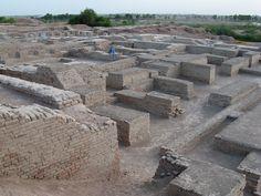 Plik: Mohenjo-daro-2010.jpg