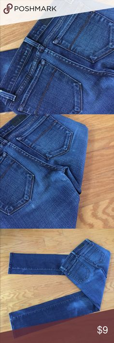 "J brand jeans Great used condition... missing front button.....inseam 33""  waist 14 "" flat hip 16"" flat... can't find size just assuming size 26 J Brand Jeans Straight Leg"