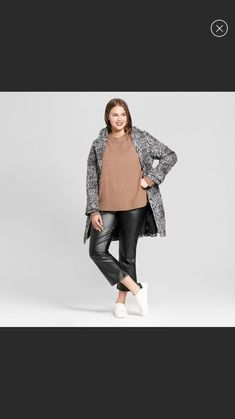0e8c9f0527330 nwt WHO WHAT WEAR Womens Plus Size Black Vegan Leather Crop Kick Flare Size  14W