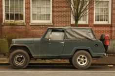 Old Parked Cars.: 1968 Jeep Jeepster Commando.