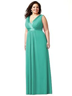 Lovelie Plus Size Bridesmaid Style 9001 http://www.dessy.com/dresses/bridesmaid/9001/