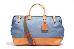 Can't ever go wrong - Leather & Denim -Billykirk No. 166 Large Carryall in Light Denim Travelers Notebook, Travel Outfit Spring, Summer Travel, Light Denim, Travel Bags, Travel Luggage, Travel Accessories, Fashion Accessories, Fashion Bags