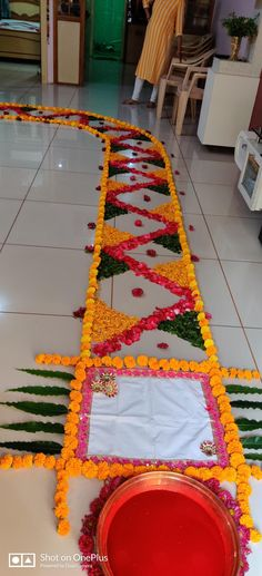 Welcome Home Decorations, Diwali Decorations At Home, Home Wedding Decorations, Welcome Decor, Flower Decorations, Rangoli Designs Flower, Rangoli Designs Diwali, Flower Rangoli, Diwali Diy