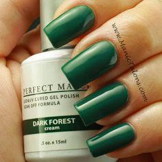 Manic Talons:  LeChat Perfect Match Soak Off Gel Polish in Dark Forest
