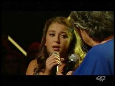 Ginette Reno et sa petite-fille Lily Rose Belle et Bum 7 nov 2015 Camera Phone, Images, Lily, History, Rose, Youtube, Petite Fille, Songs, Music