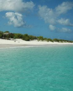 Klein Bonaire - Most beautiful 'bounty' beach that I've ever seen ! - been there february 2012
