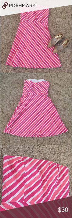 "Ann Taylor Beautiful Pink Stripes Tube Dress Ann Taylor Petites Beautiful Pink Stripes Tube Dress. It has beautiful stripes of two different shades of pink. Invisible zipper on the side. Inside lining and thicker lining in the chest area.   I don't know the exact size, but the measurements are : L 31""  Waist 14.5""  Chest  15.5"" w/ room. It a little big on me so I would say it's a Medium.   Perfect for summer 🎉☀️🌞👍💛 Ann Taylor Dresses"