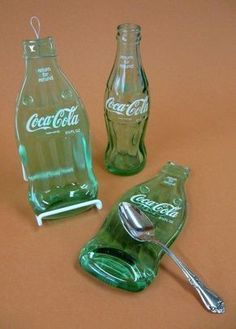 This is a cool spoon rest. I like this. Thanks, Carol :) bottle crafts coca cola Vintage Coca Cola Melted Bottle Spoon Rest for Coke Collector, Dad or Boyfriend Gift Glass Bottle Crafts, Wine Bottle Art, Bottle Wall, Soda Bottles, Liquor Bottles, Bottles And Jars, Melted Wine Bottles, Coca Cola Bottles, Vintage Coca Cola