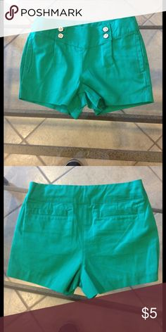 Size 18-24 months Janie &Jack shorts Size 18-24 months Janie &Jack shorts good condition Janie and Jack Bottoms Shorts