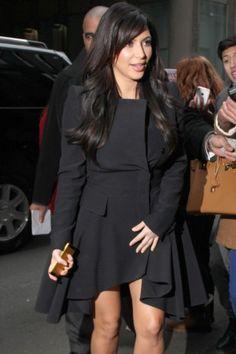 Pregnant Kim Kardashian maternity trench coat
