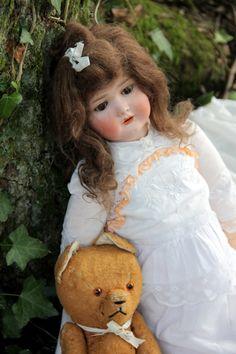 Old doll, so pretty...