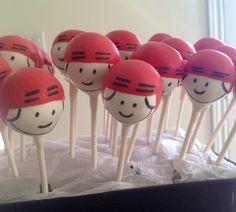 Hockey player cake pops!