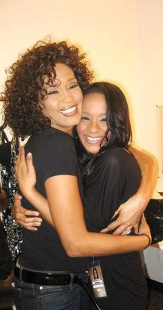 Whitney and Krissy! Whitney Houston, My Black Is Beautiful, Black Love, Beautiful People, Beverly Hills, Bobbi Kristina Brown, Vintage Black Glamour, Famous Singers, Norma Jeane