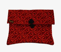 Available online - African print bag Printed Bags, Clutch Bag, Clutches, Sunglasses Case, African, Chic, Shabby Chic, Clutch Bags, Clutch Purse
