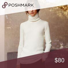 Uniqlo Lemaire cashmere turtleneck sweater Elegant long turtleneck in 100% cashmere. Excellent condition. Uniqlo Sweaters Cowl & Turtlenecks