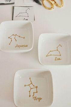 Sharpies, Sharpie Plates, Sharpie Crafts, Sharpie Art, Cork Crafts, Diy Arts And Crafts, Crafts To Make, Resin Crafts, Sharpie Mug Designs
