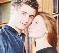 Max Irons and Rebecca Ferguson, absolutely intoxicating as King Edward and Queen Elizabeth in The White Queen #thewhitequeen #BBC